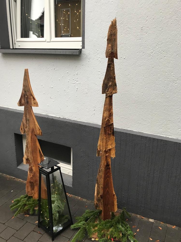 Sonderlösungen - Boris Girkin Schreinermeister/Schreinerei Solingen: Altbausanierung Solingen, Beseitigung von Einbruchschäden, Innenausbau und Ladenbau.